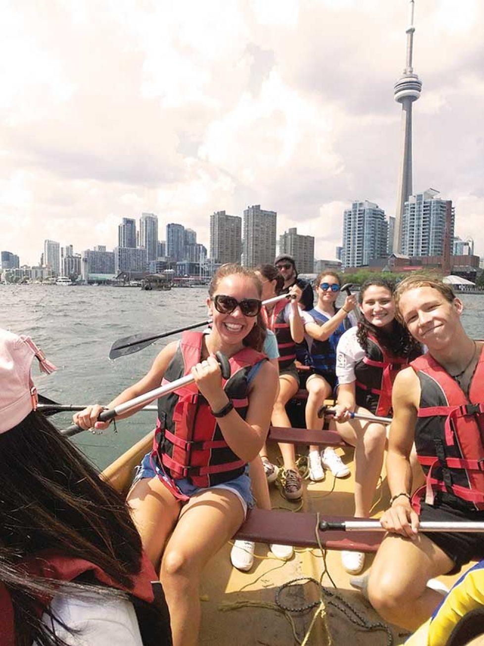 Verano Canadá - ST. MICHAELS Centro de Toronto