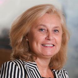 Teresa Álvarez CFO y desarrollo de negocio