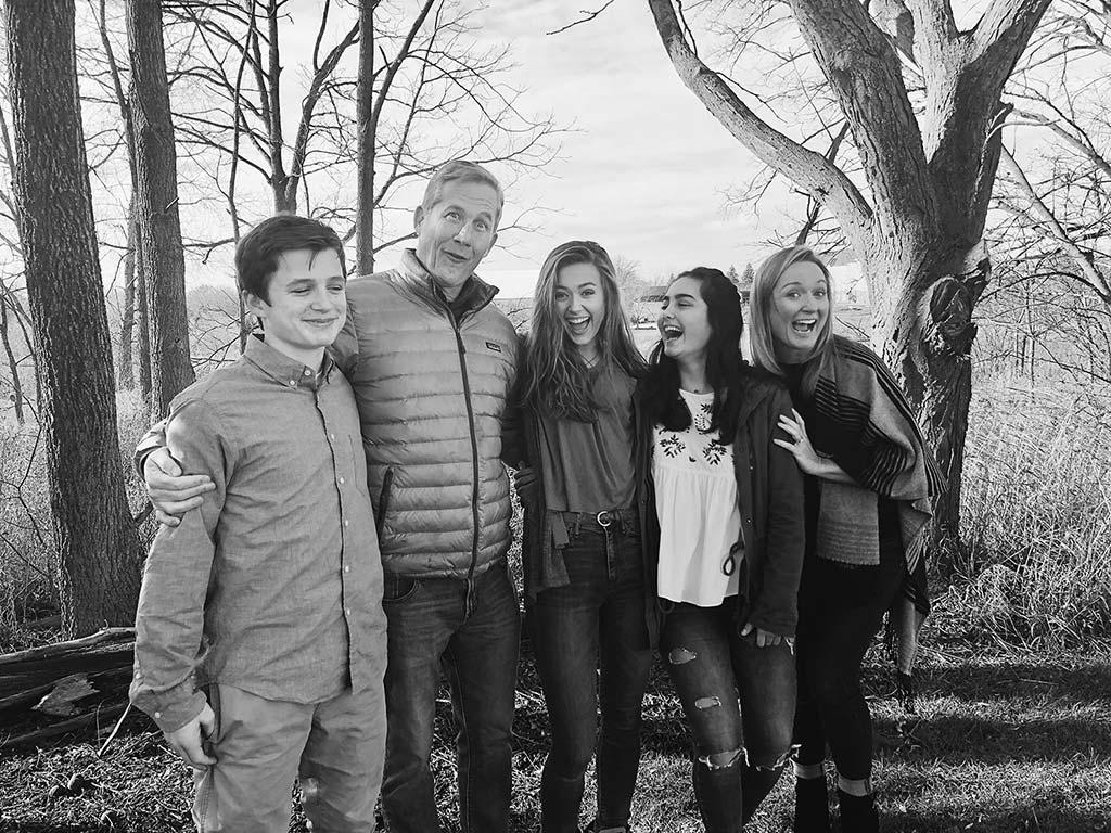 Cata en Michigan con su familia anfitriona