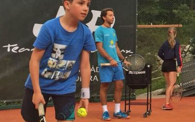 Tennis Paddle Camp en Rialp. Campamentos de verano en inglés o francés